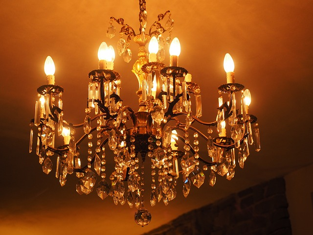 Hard Goods Chandelier Buying Agency in Delhi